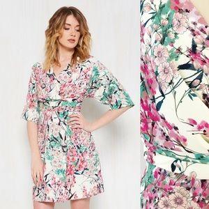 Modcloth Kimono Sleeve Cherry Blossom Dress P682